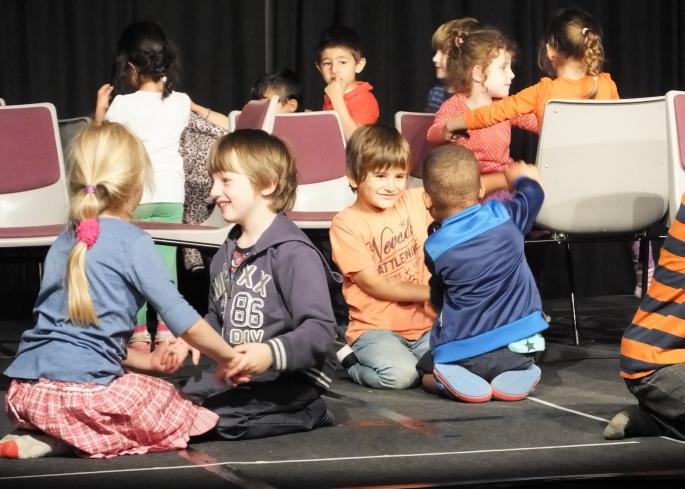 Vlohzirkus Grundschule Tanzprojekt